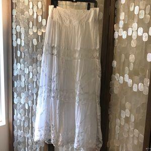 Stunning Free People lace & gauze skirt Sz L